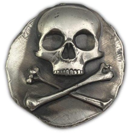 Skull & Crossbones Poured 1 oz Silver Round
